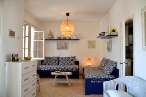 Corallo - ingresso e salone
